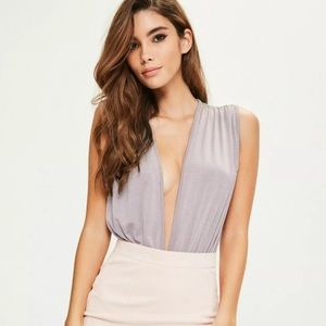 Womens NEW Purple Lilac Low V-Neck Bodysuit Size 4